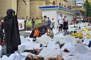 erraustegiaren aurkako protesta