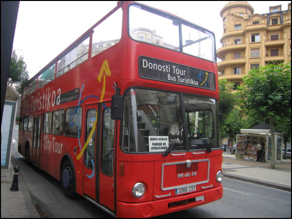 autobus turistikoa