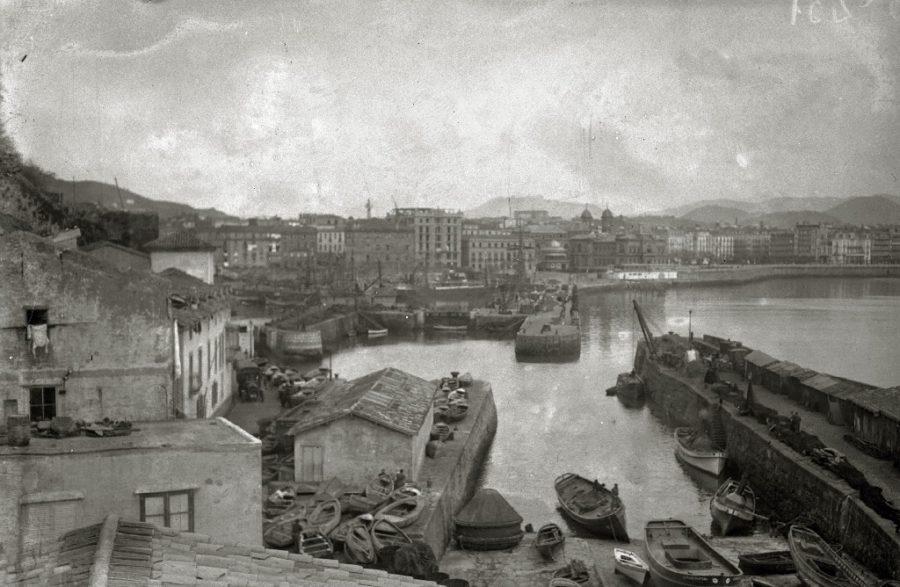 Kaia 1921. urtean, Aquariumetik ikusita. (Argazkia: Kutxateka)