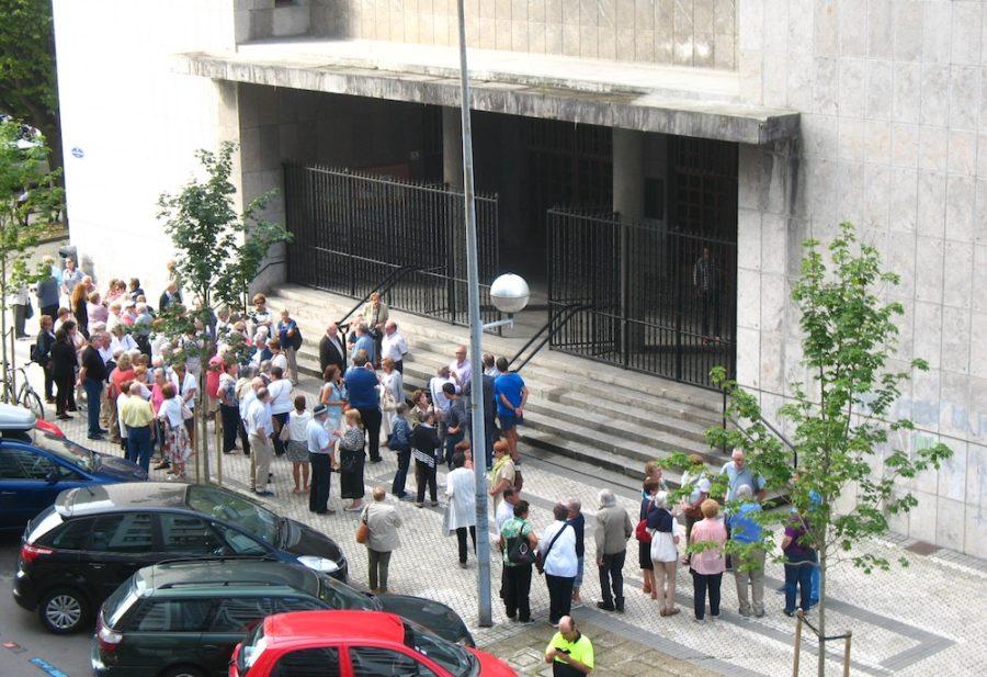 Parrokia_protesta