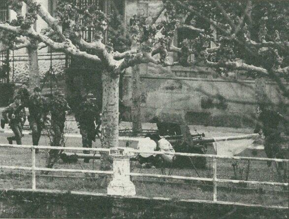 Kondoiak militarren kanoietan