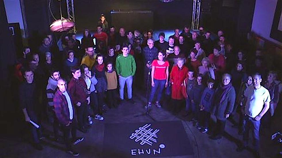 Ehun Euskal Errepublikaren aldeko ekimena