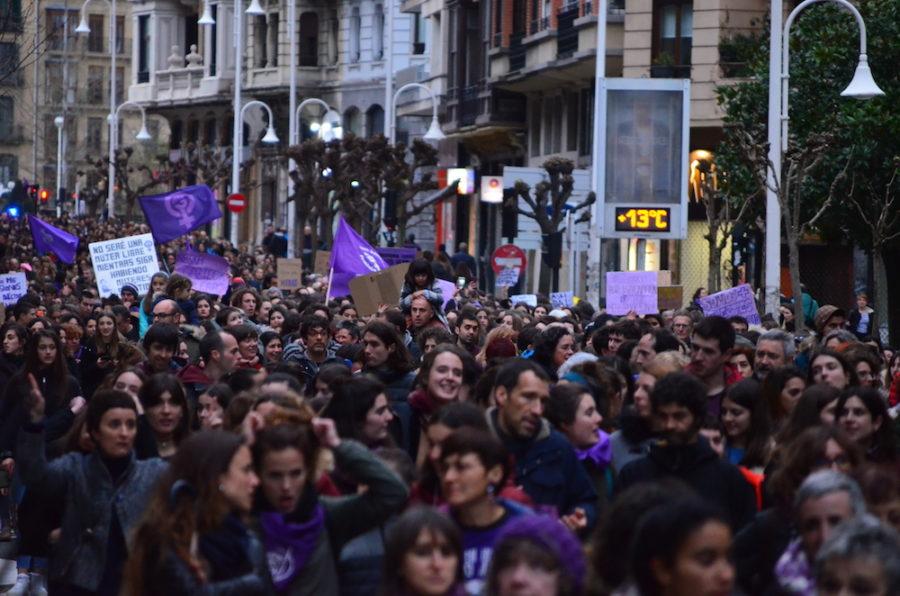 Arratsaldeko manifestazio feminista 1 Martxoak 4.