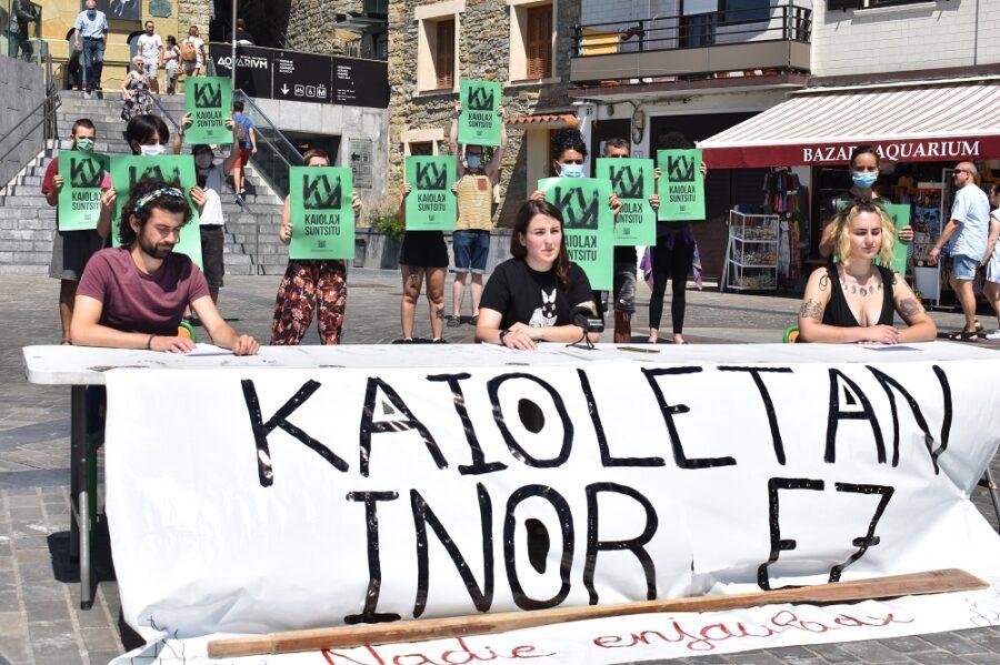 'Kaiolak suntsitu' kanpaina aurkeztu du Euskal Herriko mugimendu antiespezistak. (Argazkia: Irati Salsamendi)