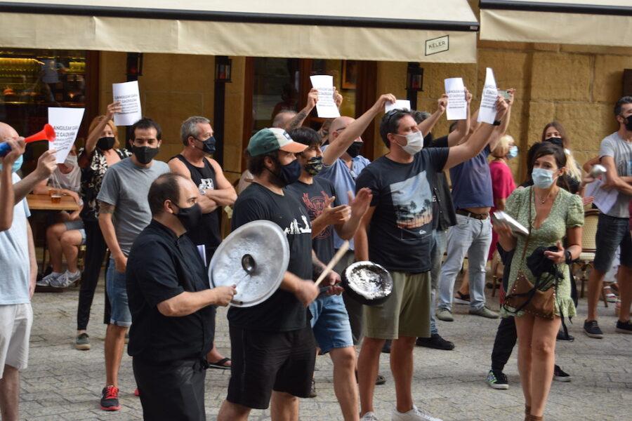 Tabernarien_protesta_zarat