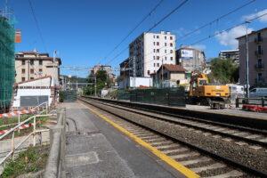 Herrerako tren geltokiko lanak, gaur arratsaldean. (Argazkia: Mikel Elkoroberezibar Beloki)