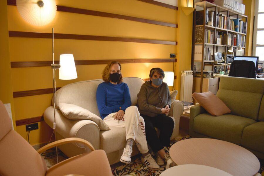 Jexux Romero eta Patricia Achon, Apal denda eta estudioko arduradunak. (Argazkia: Mikel Elkoroberezibar Beloki)