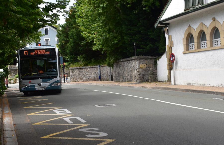 Donostia-Hernani lineako autobusa, Aieten. (Argazkia: Idaira Agirregomezkorta)